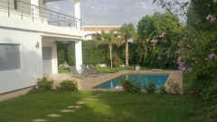 Holiday letting Wonderful 5 Bedrooms Villa with Pool  Ref: HI51053