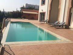 Holiday letting Spacious Comfortable 7 Bedrooms Villa with Swimming Pool  Ref: T72024