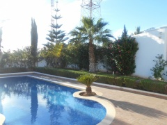 Holiday letting 2 Bedrooms Cosy Villa with Pool  Ref: T22037