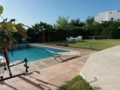 Vakantiehuis Stylish 6 Bedrooms Villa with Swimming Pool  Ref: T62040