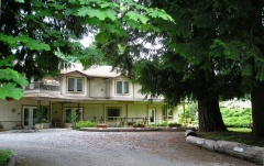 Holiday letting Cedar Wood Lodge B & B Inn