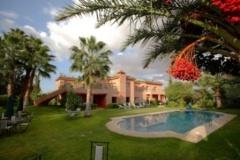 Holiday letting villa des 3 golfs